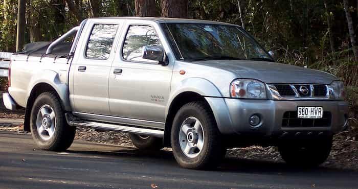 Manual de mecánica Nissan Navara D22